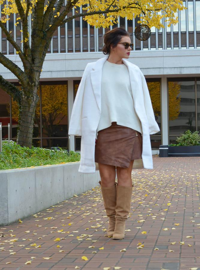Forever 21 Boucle Overcoat Cream-13