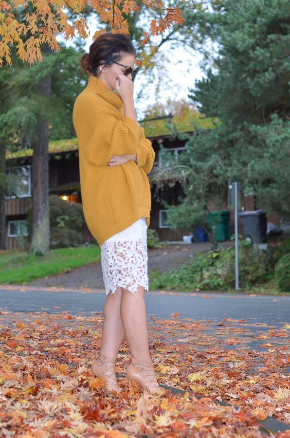 Lace Pencil Skirt-9