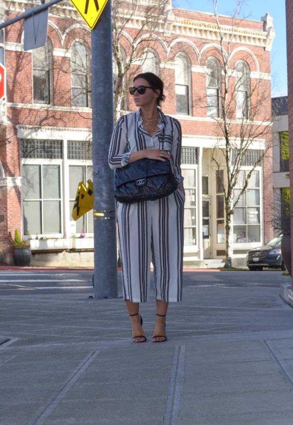 Vila Wide Leg Pant in Vertical Stripe-3