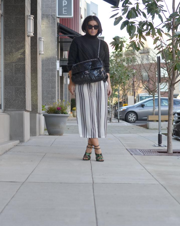 Vila Cropped Wide Leg Trouser in Wide Stripe-2