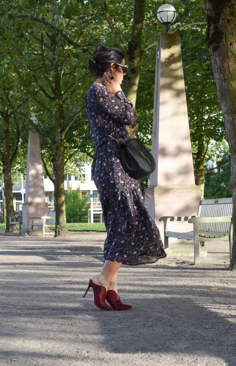 Wayf Keyhole Floral Midi Dress