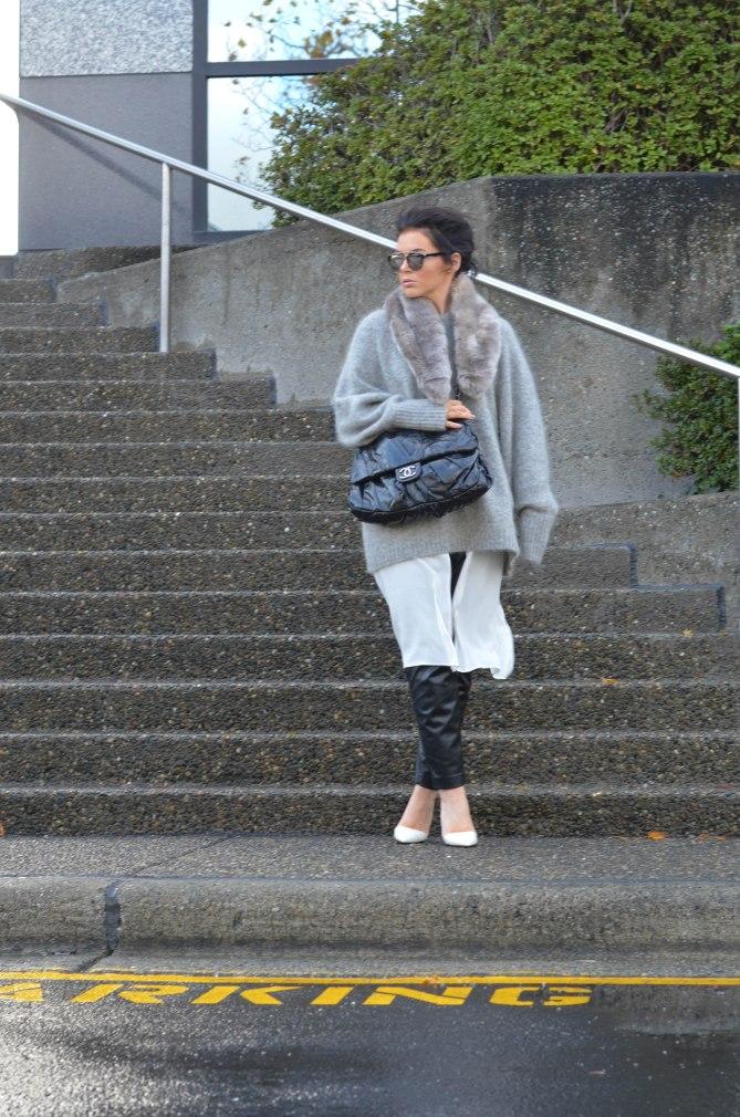 Aritzia Gray Faux Fur Stole